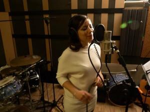 Lisa Starnini, (vocals)